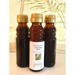 """Aloe Mixtur """"Honey Zirbe"""" in der 100 ml Flasche, praktisch zum Mitnehmen."""